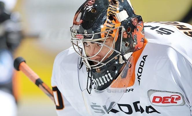 Daniar Dshunussow (#30 - Torwart - Grizzly Adams Wolfsburg)   Foto: City-Press GbRFotografenkennung: CP-12